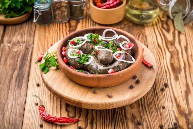 Traditionele georgische keuken, worst