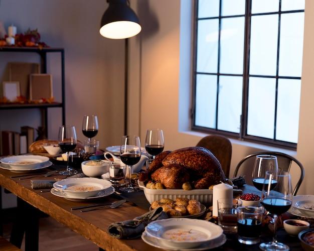Traditionele gerechten geserveerd op thanksgiving day