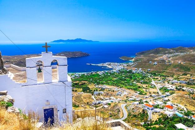 Traditionele griekse eilanden - serifos. top wedijveren van klooster. cycladen