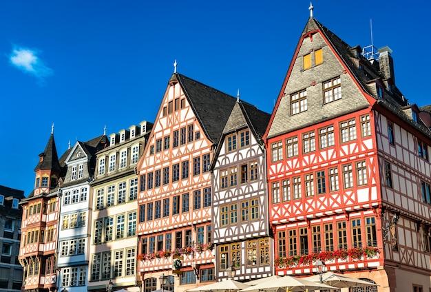 Traditionele huizen op romerberg in frankfurt am main, duitsland