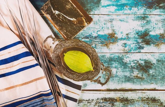 Traditionele kermis van rituele planten aan de vooravond van soekot