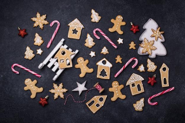 Traditionele kerstkoekjes met peperkoek