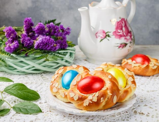 Traditionele paasbroodjes