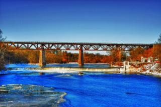 Trainbridge