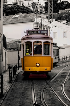 Tram van lissabon in portugal.