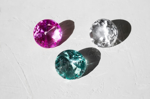 Transparant glanzende juwelen