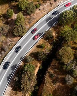 Transportconcept met auto's op straat
