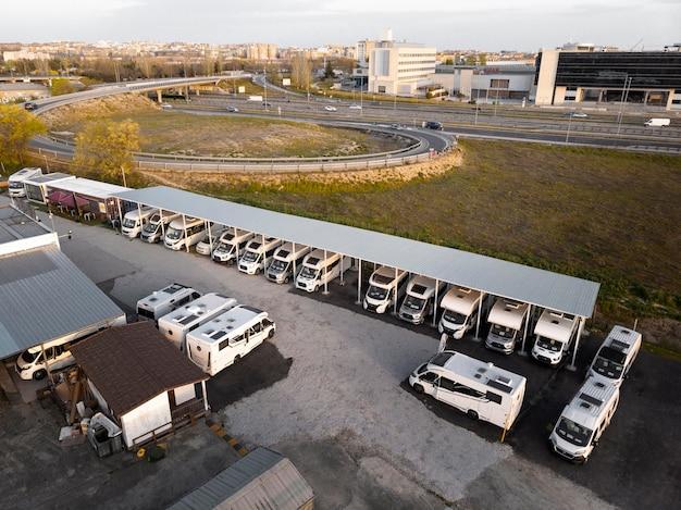 Transportconcept met campers
