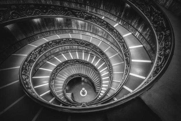Trap in de vaticaanse musea, vaticaan, rome, italië
