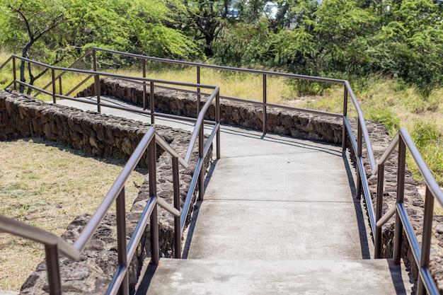 Trap naar jungle, hanauma baai hawaï