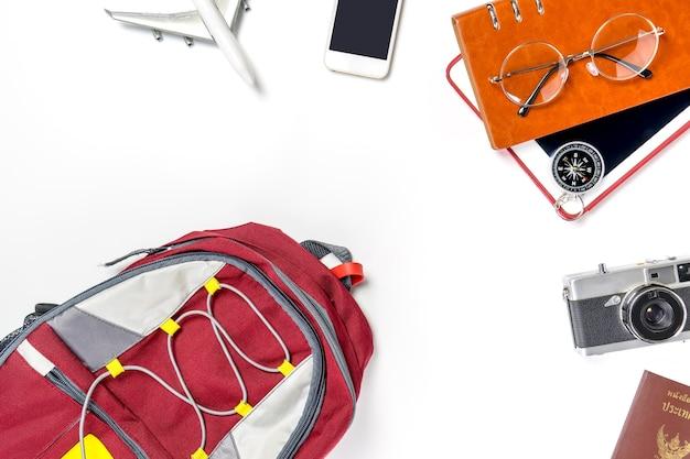 Travel backpacker bereidt dingen voor vakantie vakantie reizen vooraanzicht