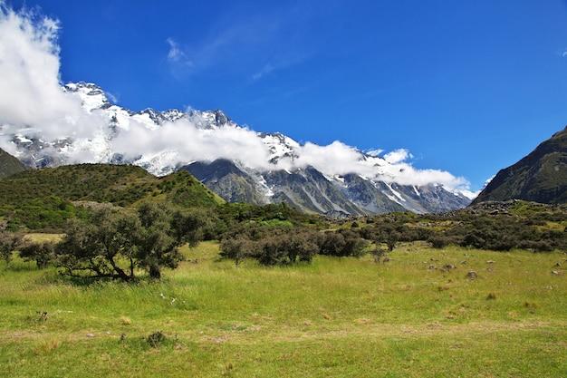 Trekking in hooker-vallei, nieuw zeeland
