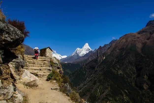 Trekking in nepal, himalaya