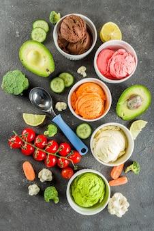 Trendy kleurrijk plantaardig ijs
