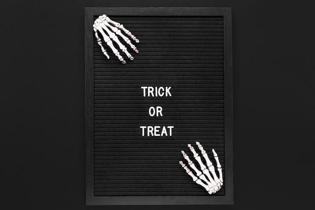 Trick or treat teken voor halloween