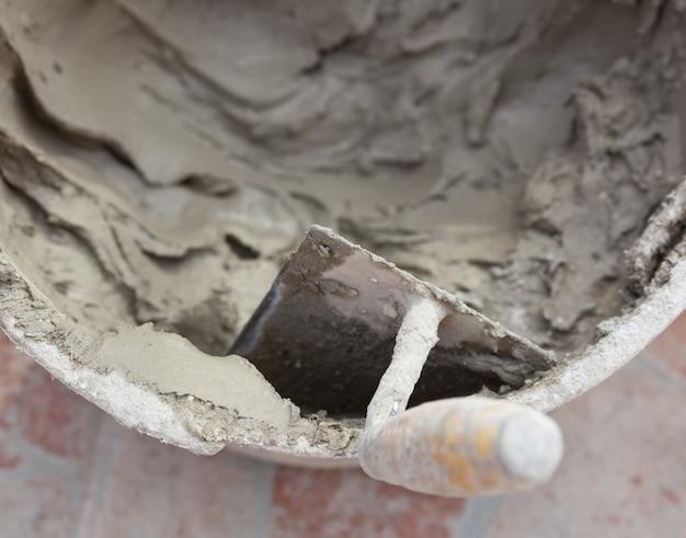 Troffel en cement
