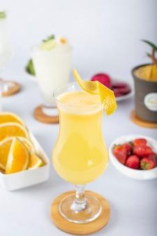Tropische dranken en ingrediënten -3