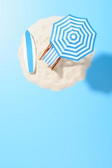 Tropische vakantie achtergrond. ligstoel met parasol en strandaccessoires voor actieve rust op het zanderige eiland, kopieerruimte, bovenaanzicht
