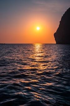 Tropische zonsondergang