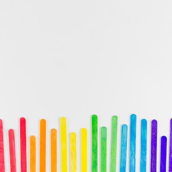 Trotsvlag met kleurrijke stokken