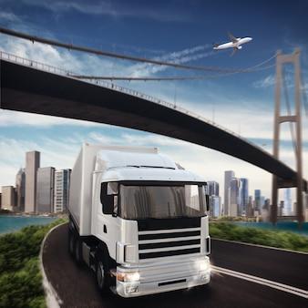 Truck, vliegtuig en brug