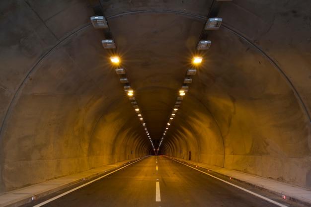 Tunnel met verdwijnpunt