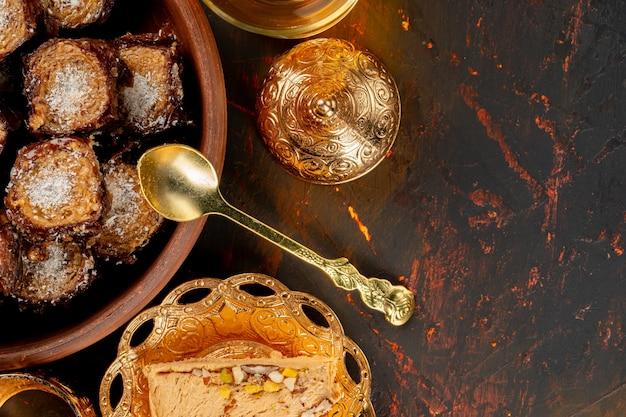 Turkse baklava gebak snoep close-up foto