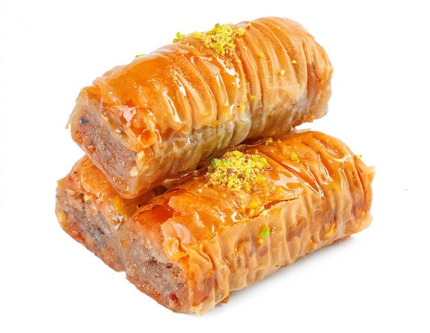 Turkse ramadan dessert baklava geïsoleerd