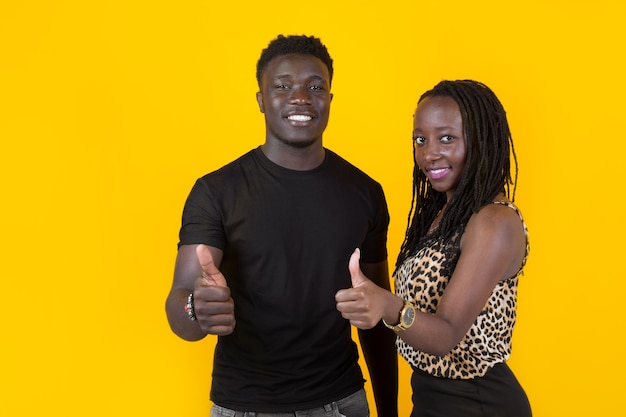Twee afrikaanse mensen man en vrouw