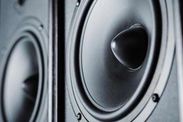Twee audio-geluid luidsprekers
