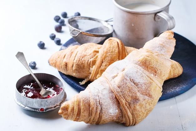 Twee croissants