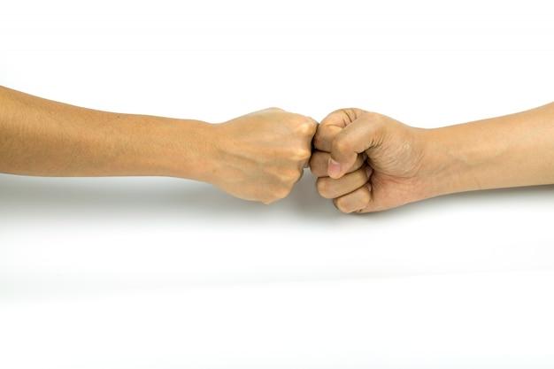 Twee handen stoten