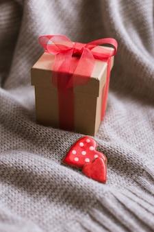 Twee harten koekjes geschenkdoos