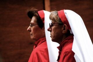 Twee nonnen