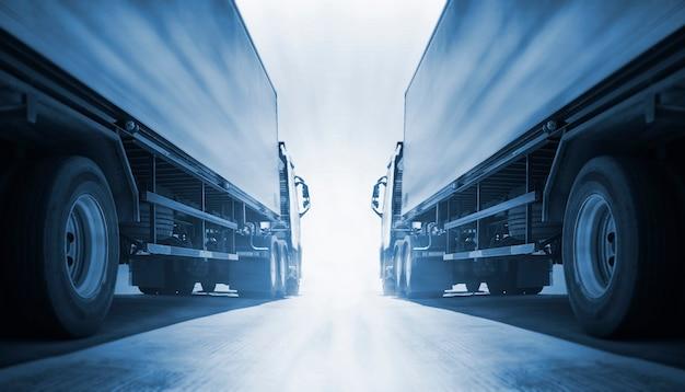 Twee opleggervrachtwagens industrie wegvrachtvrachtwagen logistiek en vrachtvervoerconcept