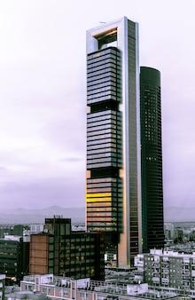 Twee torens van het financiële district van madrid