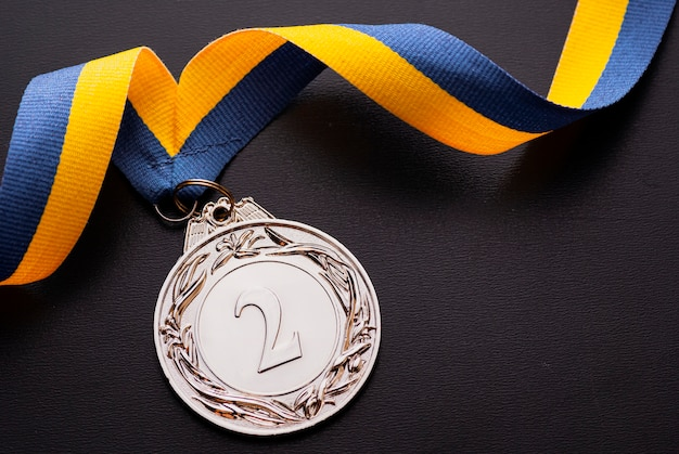 Tweede plaats tweede zilveren medaille op een lint