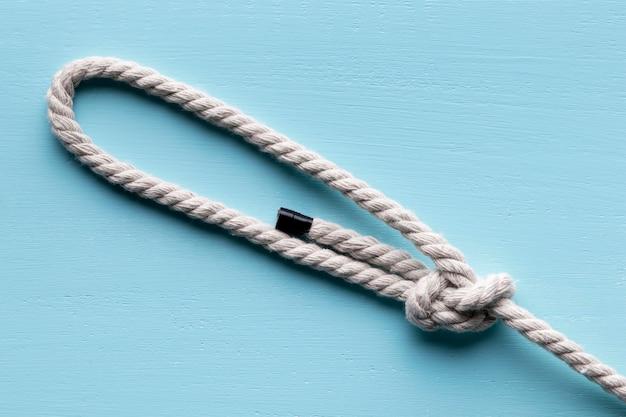 Twijn sterk wit touw met knoop