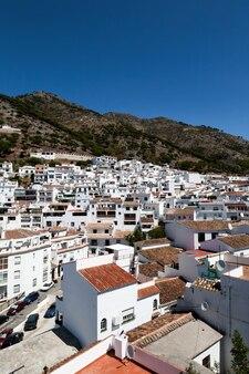 Typische andalusische spaanse witte dorpen