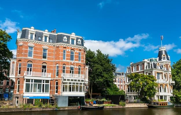 Typische architectuur van amsterdam in nederland