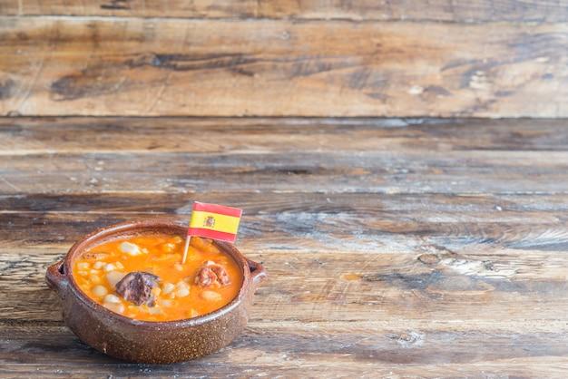 Typische spaanse soep (potaje, cocido)