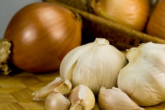 Uien en garlics