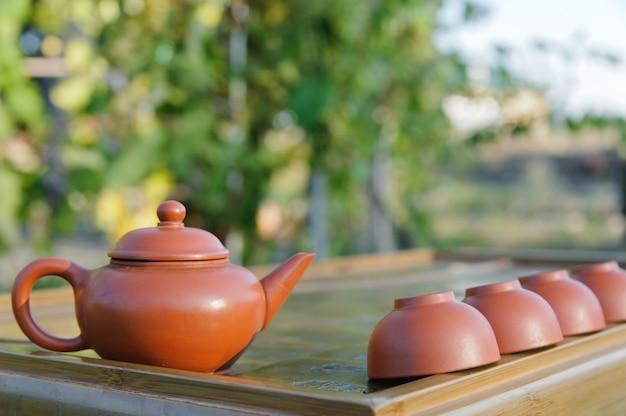 Uitrusting voor chinese theeceremonie.