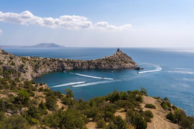 Uitzicht op de krim-kust