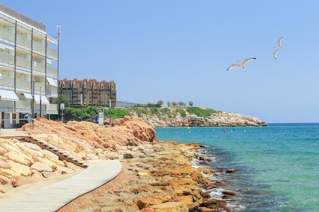 Uitzicht op de kustlijn van salou