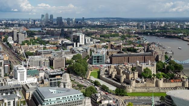 Uitzicht op de tower of london