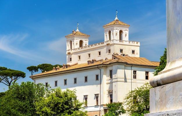 Uitzicht op de villa medici in rome
