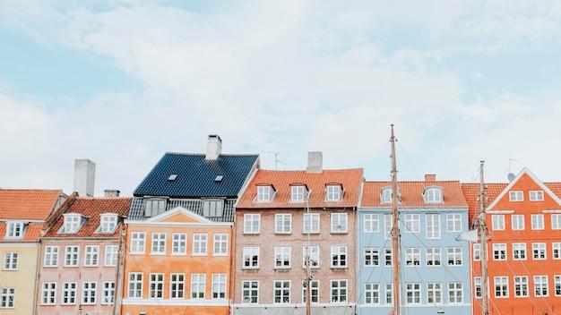 Uitzicht op de wijk nyhavn in kopenhagen, denemarken