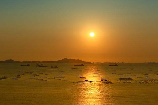 Uitzicht op de zonsondergang.