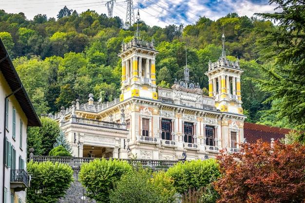 Uitzicht op het casino in san pellegrino lombardije italië op 5 oktober 2019